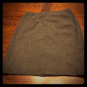 2/$28 H&M Pencil Skirt Gray Sz 10 EUC